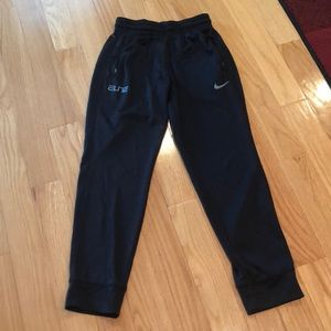 Black Nike dri fit jogger